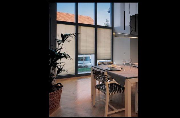 Pliszé minden felületre, ablakformára alkalmas és 330 minta közül választhatja ki melyik harmonizál legjobban az Ön otthonával.  http://top-az.hu/termekeink/plisze/