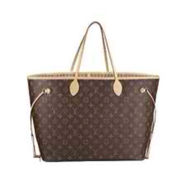 Lv tote will be my next designer bag. To monogram or not to monogram?