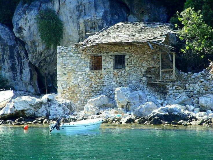 The little house and the little boat.... That's all you need in magical Greece!