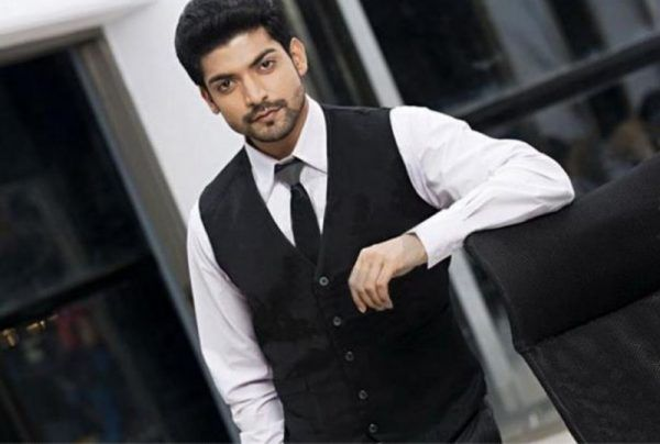 Gurmeet Choudhary was spotted with his entire Paltan team at a lunch party here in Mumbai. During his media interaction, the actor said working in Paltan
