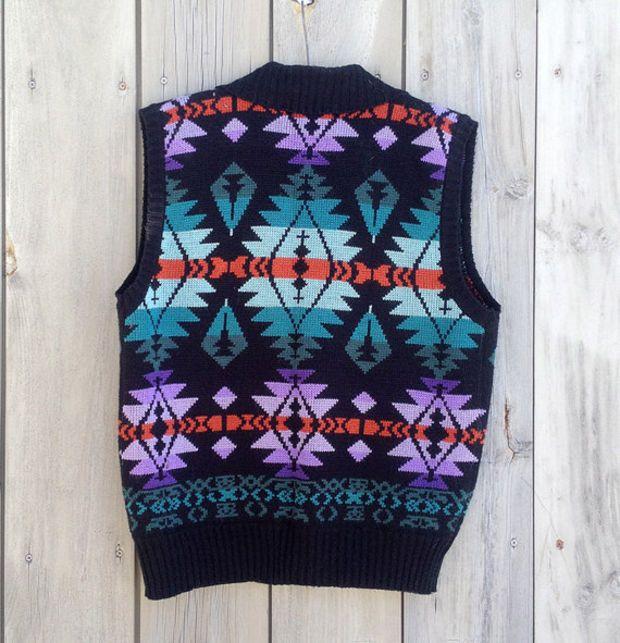Vintage vest | Aztec tribal print knit sweater vest