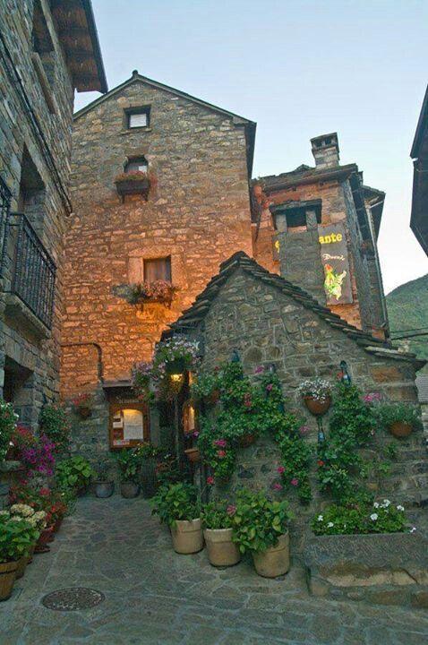 Rincon de Torla, Vale do Brotto, em Huesca, nos Pirineus. Comunidade Autônoma de Aragão, Espanha.
