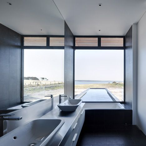 Beached House by BKK Architectshttp://www.dezeen.com/2011/08/30/beached-house-by-bkk-architects/