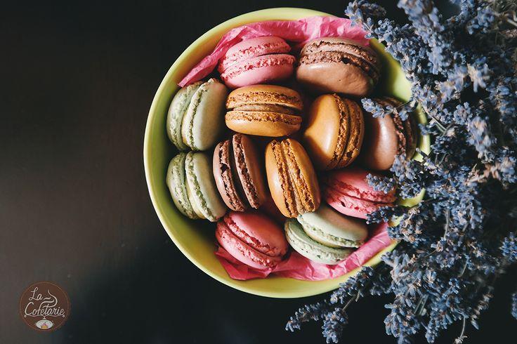 Am intrat în ultima lună din iarnă și-n același timp cea dedicată iubirii! Dar noi suntem de părere că iubirea este mereu și pretutindeni, mai ales când implică și dulcele! #macarons #yummy #food #sweets #cakes #love #foodie