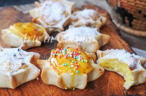 Pardulas dolci, casadinas, formaggelle alla ricotta, ricetta sarda, dolci tipici alla ricotta e zafferano, dolci facili e veloci, ricetta tipica di Pasqua, dolcetti