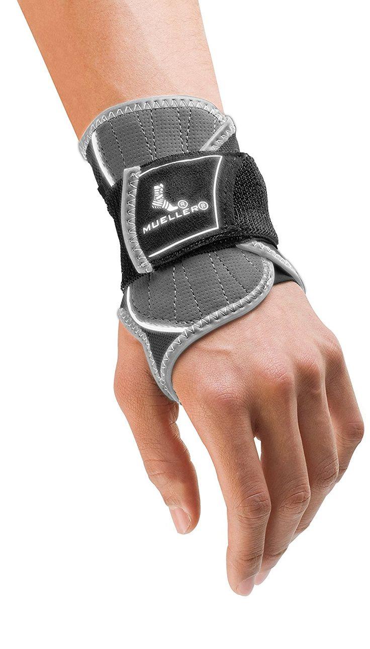 Mueller Sports Medicine HG80 Premium Wrist Brace, Small