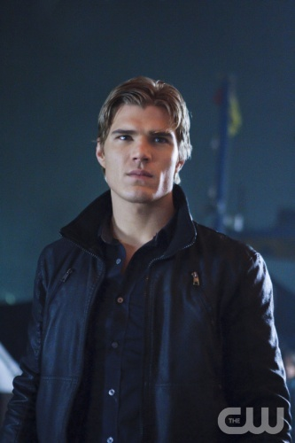 """Traitor"" --Pictured: Chris Zylka as Jake in The Secret Circle on The CW. Photo: Michael Courtney/The CW  ©2012 The CW Network. All Rights Reserved."