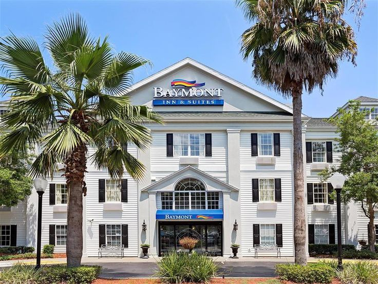 Jacksonville (FL) Baymont Inn & Suites - Jacksonville United States, North America Located in Southside, Baymont Inn & Suites - Jacksonville is a perfect starting point from which to explore Jacksonville (FL). The hotel offers guests a range of services and amenities designed to provide comfort and convenience. To be found at the hotel are free Wi-Fi in all rooms, 24-hour front desk, family room, newspapers, elevator. Designed for comfort, selected guestrooms offer television ...