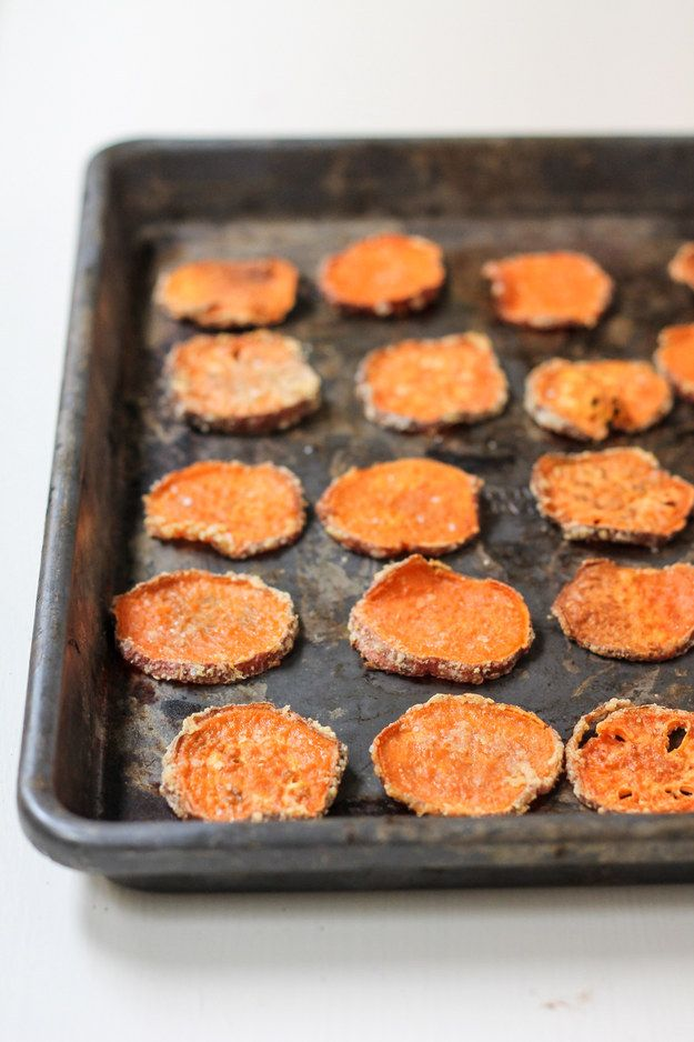 Parmesan Garlic Baked Sweet Potato Chips | 18 Delicious Homemade Chips That Are Actually Healthy