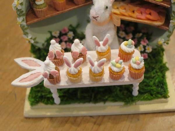 *handmade・ミニチュア*うさぎのイースターカップケーキ屋さん*set*_イースターカップケーキがいっぱい・・・