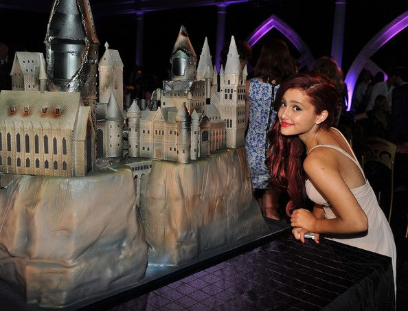 """Ariana Grande Photos - Actress Ariana Grande attends the New York premiere of """"Harry Potter And The Deathly Hallows: Part 2"""" at American Museum of Natural History on July 11, 2011 in New York City. - """"Harry Potter And The Deathly Hallows: Part 2"""" New York Premiere - After Party"""