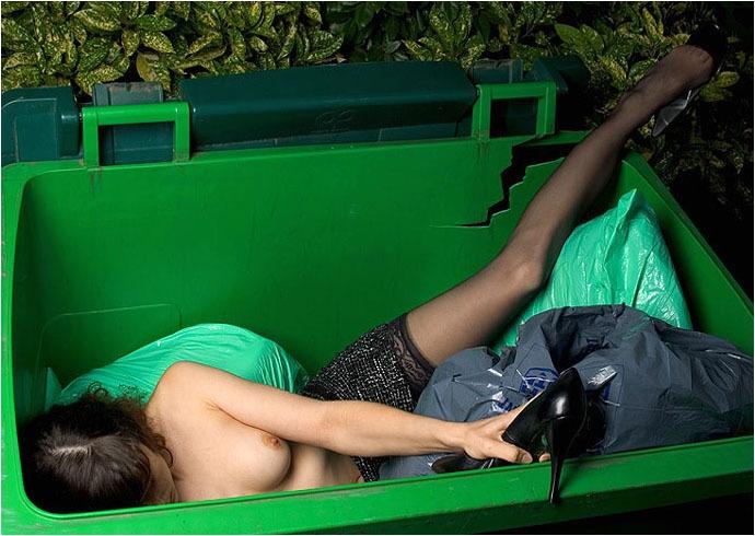 O lixo para o ser humano tem varias caras, ele é tudo aquilo que não se quer mais.