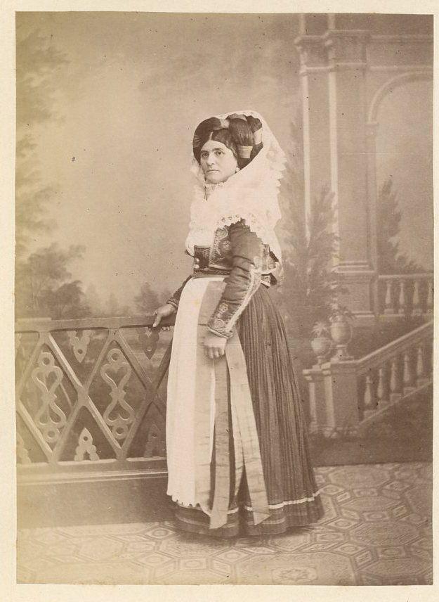 Grèce, Costume de Corfou Vintage albumen print. Greece,