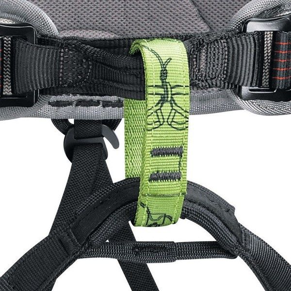 #stepinadventure !!!! #Petzl Corax 2 Harness Description Petzl Corax 2 is versatile and adjustable seat harness. INR 4,650 Buy now : http://bit.ly/2fZxbnr