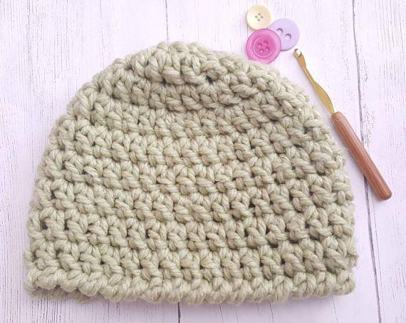 Green crochet hat. Chunky wool. Chunky hat  warm hat. Women's hat. Men's hat. Unisex hat. Winter hat. Beanie hat