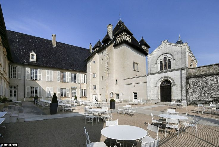 The Northern Ireland team will be living the high-life when they prepare for their matches by staying at the  four-star Chateau de Pizay