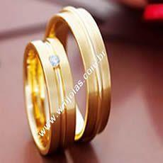Alianças de casamento Grossas