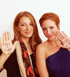brittany snow and vanessa lengies