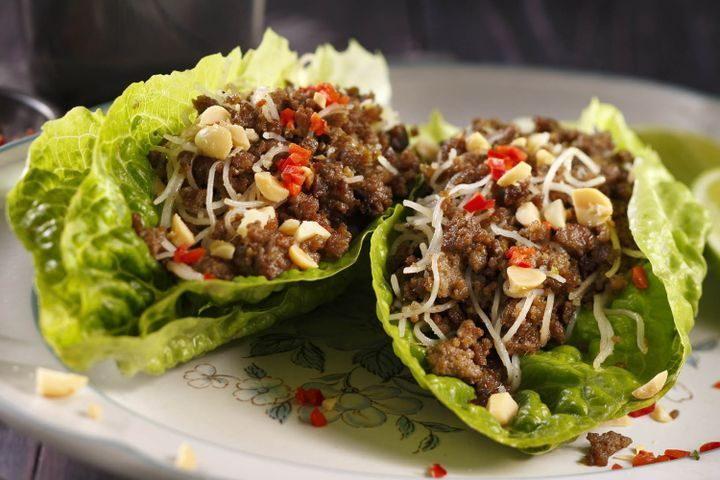 Thai beef mince cos lettuce cups