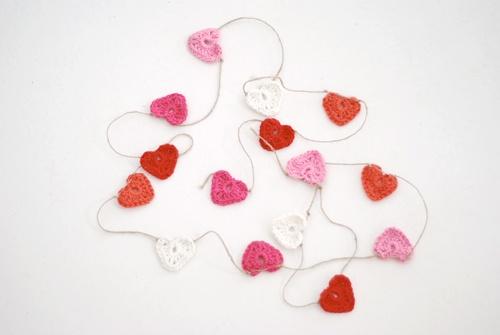cute little #crochet hearts @Yvestown *