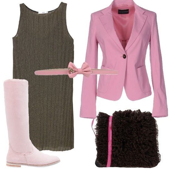 Mini abito in maglina dorato abbinato allo stivale rosa al ginocchio. La cintura rosa con chiusura a fiocco riprende la giacca rosa romantico avvitata. Ad ultimare l'outfit la borsa color moro con tracolla rosa. Vi consiglio una pashmina morbida ed ampia da indossare sopra, se la serata è particolarmente fresca.