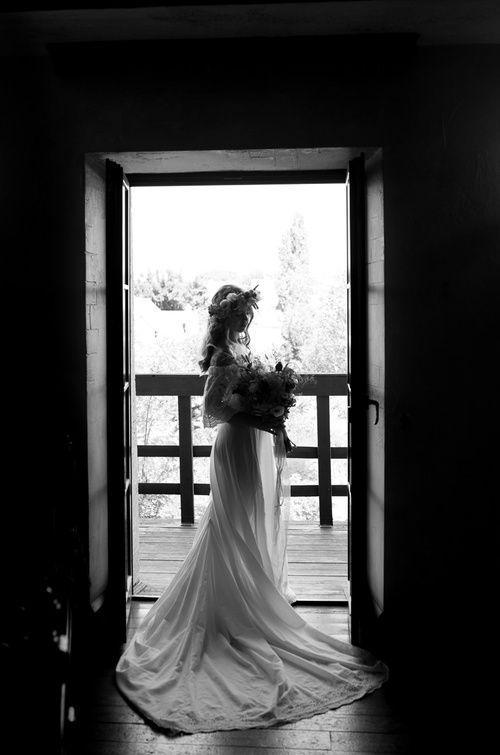 Bride | Wedding Planning, Ideas & Etiquette | bridal wreath | Wedding photo| Wedding dress | wedding photoshoot |bridal bouquet