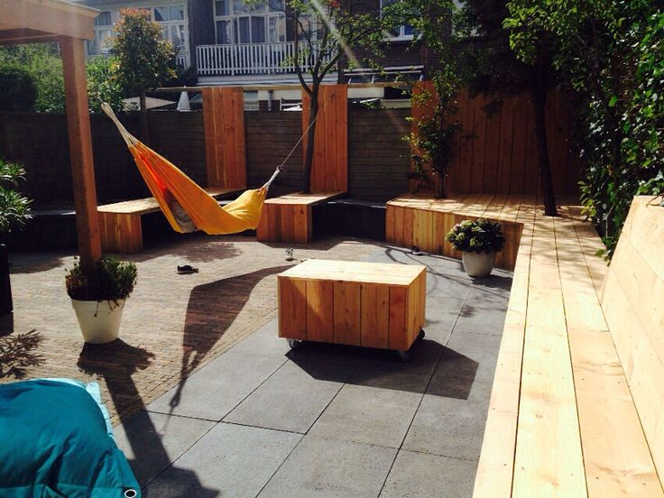 Sunny, new made garden, children, relax, friends!
