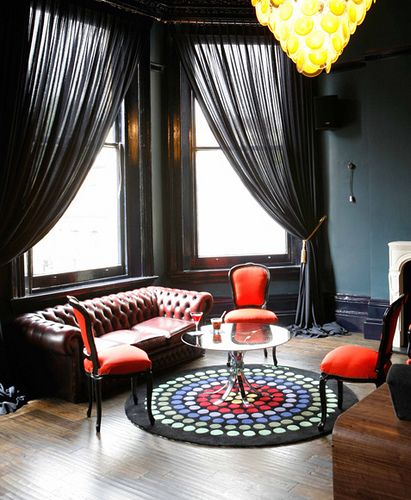 Red be the back blk outs then shear over to aides..   30 Stylish Interior Designs with Black Curtains