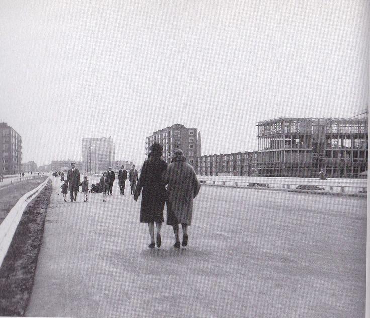 Amsterdam, Coentunnel-weg vlak voor de opening (ter hoogte van Haarlemmerweg)