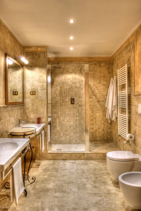 Beautiful And Modern Bathroom With Shower For The Home