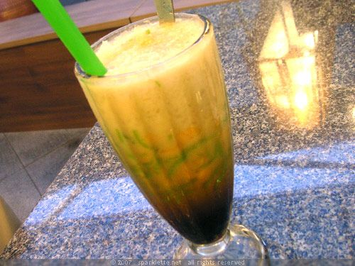 Recipes Indonesian Food: Cendol Ice / Es Cendol #Indonesian recipes #Indonesian cuisine #Asian recipes #Asian cuisine http://indostyles.com/