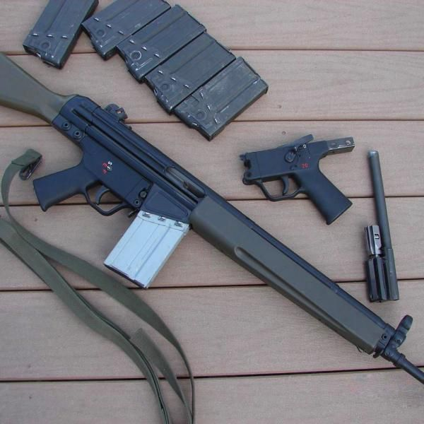 В Лимассоле обнаружили сверток со штурмовой винтовкой и взрывчаткой http://cyprusbutterfly.com.cy/node/4005  В Лимассоле, втором по величине городе Кипра, полиция обнаружила немецкую автоматическую винтовку HK G3, патроны и тринитротолуол (TNT). Оружие, взрывчатка и боеприпасы были найдены на одном из небольших пустырей в Лимассоле. Они были завернуты в простыню. На винтовке был сбит номер. Также в свертке было обнаружено взрывчатое вещество – около 300 грамм тринитротолуола. Оружие…