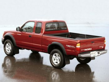TRD Toyota Tacoma PreRunner Xtracab Off-Road Edition '2001–04