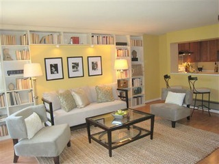 Love the built-in book case behind the couch