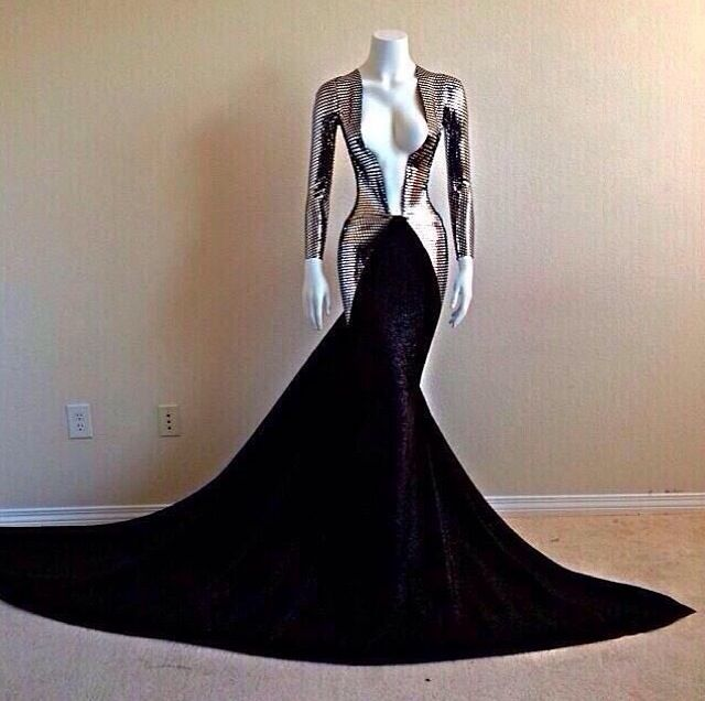 Michael Costello truly outdid himself with this one;truly amazing!