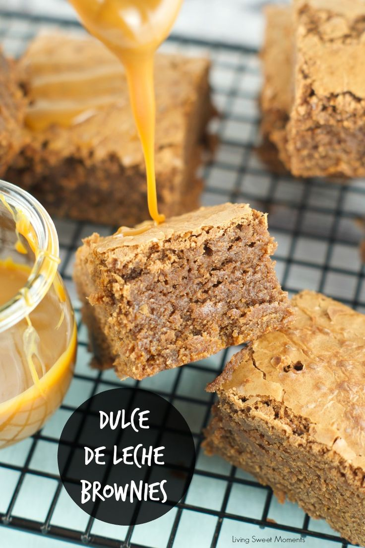 Dulce de leche brownies Recipe - Ooey Gooey fudgy brownies are filled with dulce de leche & chocolate chunks. The perfect dessert for any occasion. www.livingsweetmoments.com
