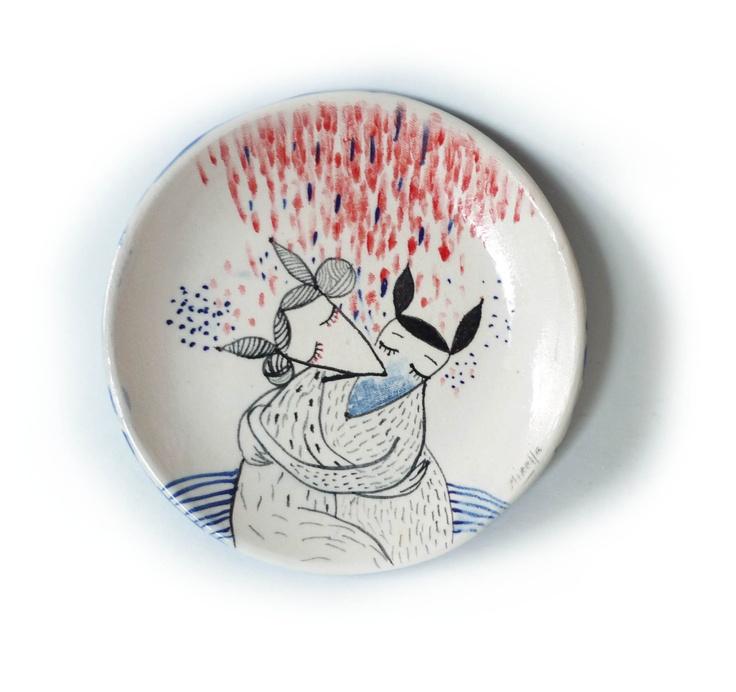 © MirellaMusri Ceramic plate.
