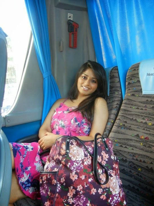 Beautiful Indian Desi Housewife And Aunties New Photos -4230