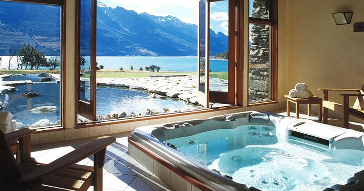 Blanket Bay, acclaimed as New Zealand's best Luxury Lodge - A Small Luxury Hotel - Queenstown New Zealand