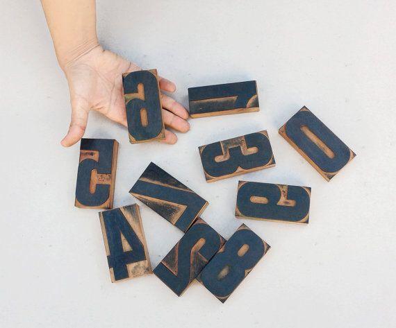 Caratteri tipografici antichi /set di numeri vintage di Skomoroki, €68.00