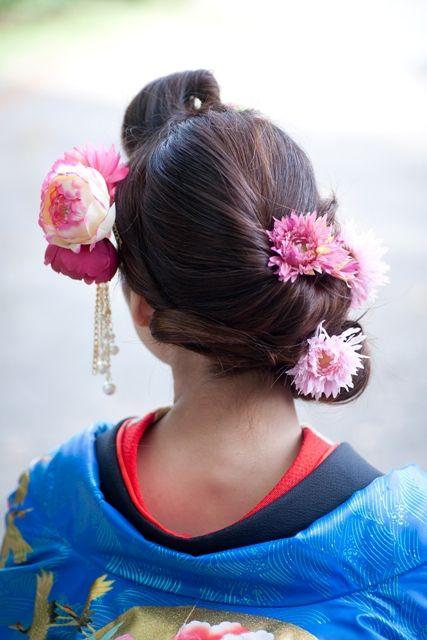 モダンな雰囲気のすっきりねじりヘア☆ 色打掛に合う夏らしい髪型一覧。白無垢ヘアの参考にも☆
