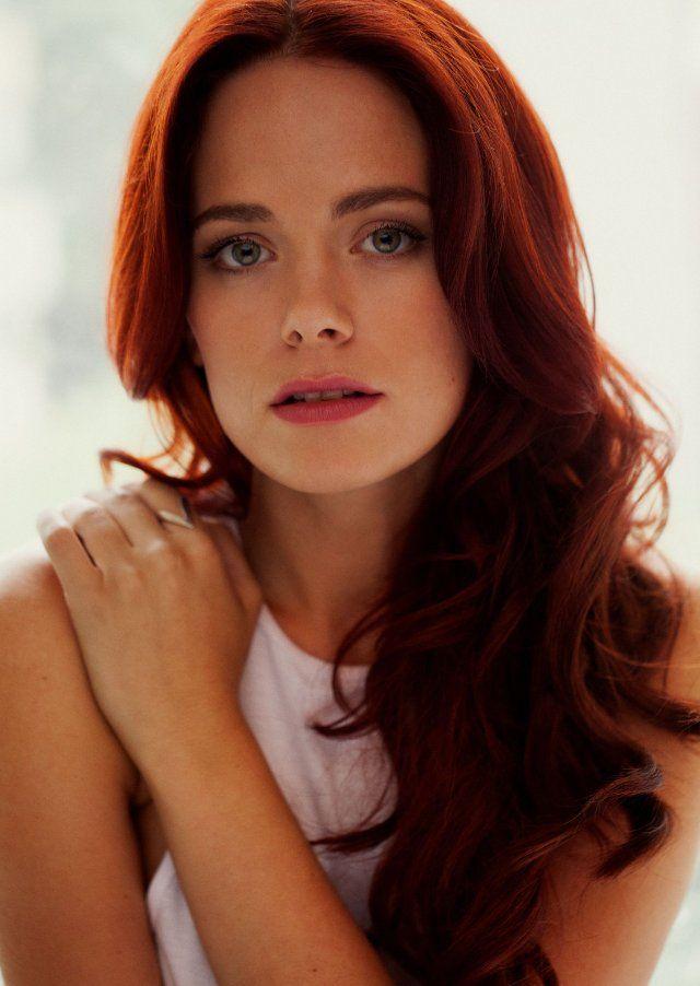 Katia Winter... her red hair