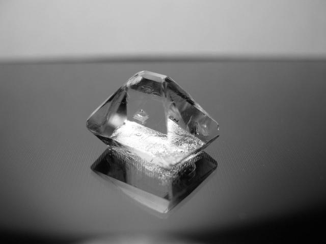 How to Grow a Big Alum Crystal - Simulated Diamonds: Alum crystals grow overnight into beautiful diamond-like jewels.