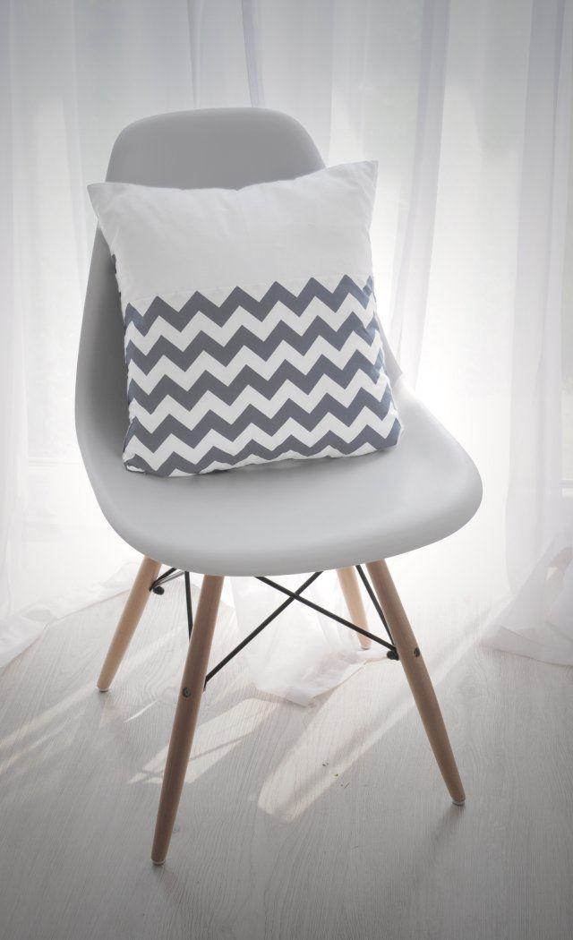 krzesło + poszewka na poduszkę