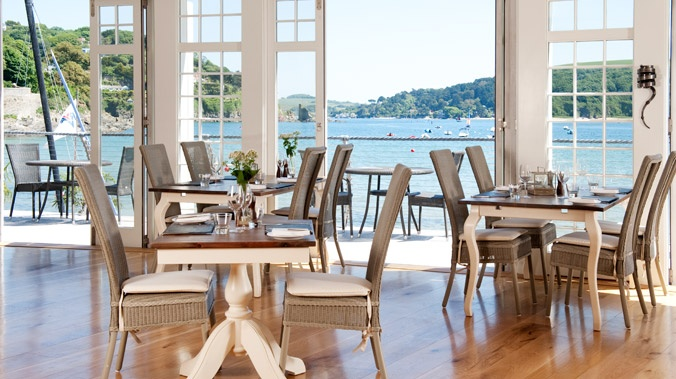 South Sands Hotel, Salcombe, Devon www.goodhotelguide.com/HotelDetails.aspx?id=1317 #devon #seaside #salcombe