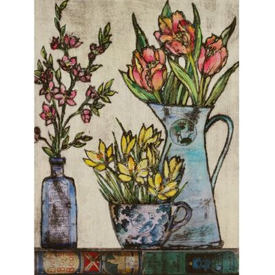 The lovely Vicky Oldfield popped in with a new delivery. It's a bit off topic at the moment but who can resist her beautiful flower prints . A new supply of cards too (in case you were wondering!)