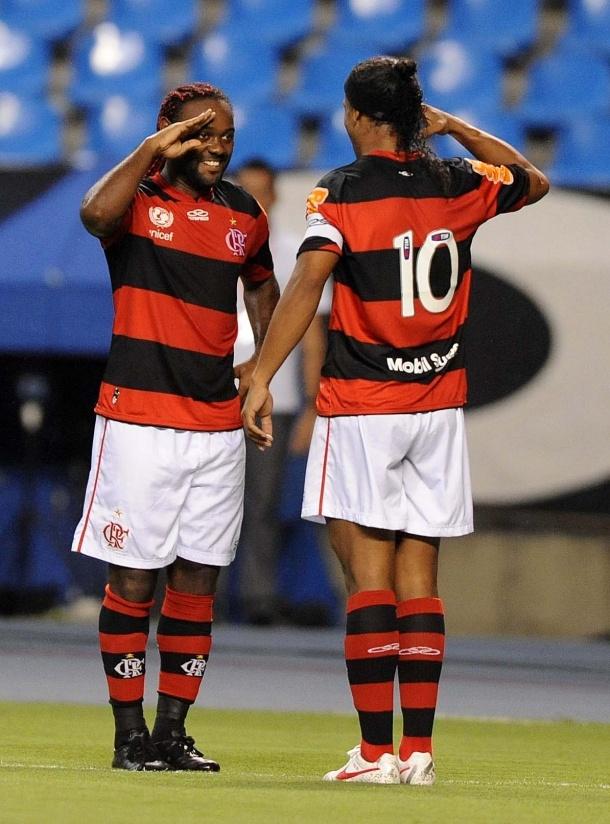 Vágner Love e Ronaldinho