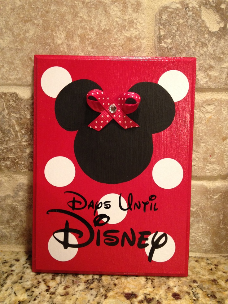 Minnie, with Bow, Disney World Vacation Chalkboard Countdown Calendar READY TO SHIP. $16.00, via Etsy.