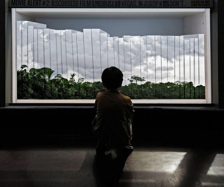 Amigos, com muita alegria, anunciamos as três imagens escolhidas para irem conosco ao espaço da mObgraphia durante a sp-arte 2016 de 7 a 10 de abril no Pavilhão da Bienal no Parque do Ibirapuera! A…