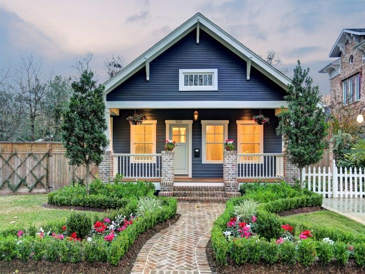 This little house is a true blue craftsman. Craftsman